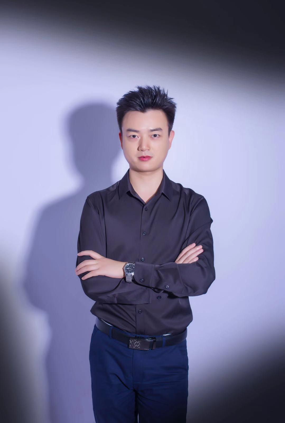 首席设计师王运龙
